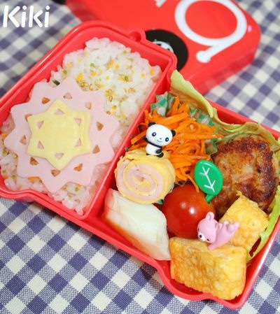 Kikiのキャラ弁1年生-レースなお弁当