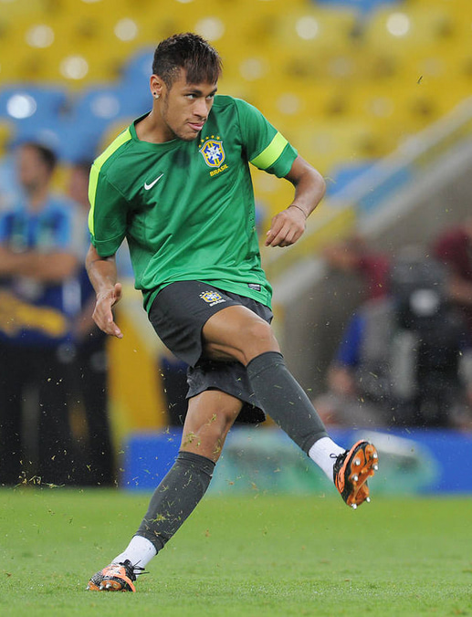 ネイマール サッカー ブラジル スペイン コンフェデレーションズカップ 決勝戦