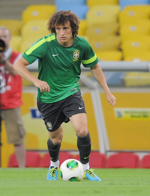 ダビド・ルイス サッカー ブラジル スペイン コンフェデレーションズカップ 決勝戦