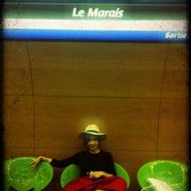 Paris。