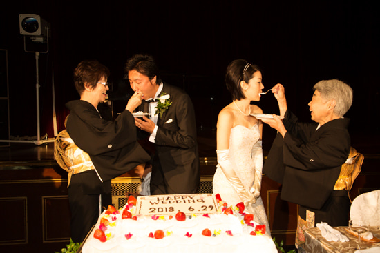 ウエディングカメラマンの裏話*結婚式にまつわるアンなことコンなこと-カトリック教会 ホテルニューグランド ブライダル