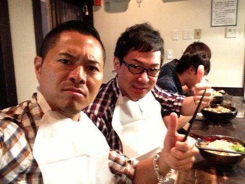 金チャンが大好きだという味噌ラーメンを食べました。 (\u003d゚ω゚)ノ野菜マシ