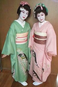 浅草の振袖さんのブログ-千代さんと彩乃さん