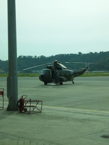 素敵やん-軍用ヘリ