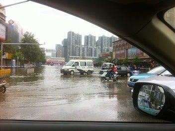 3分でわかる中国ビジネス攻略-昆明水浸し3