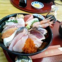 豪華な海鮮丼やん