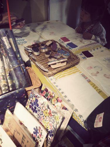 パリのちいさなアンティーク雑貨店 mille chats-かわいい布博05