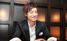 $【美容】・【飲食】専門の税理士@福岡市-白々しい笑顔