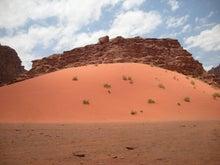 【とうとう】四十路女のありふれた日常-3602_赤い砂山。