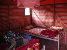 【とうとう】四十路女のありふれた日常-3664_テントの中。