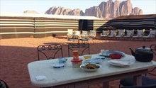 【とうとう】四十路女のありふれた日常-070600_砂漠で朝食。