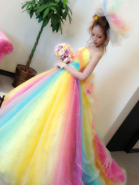 幸せを運ぶウエディングドレス ...
