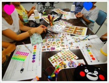 カラーを学ぼう!活かそう! ハッピーカラーライフ研究室 足立区・北千住-『虹色の万華鏡作り』