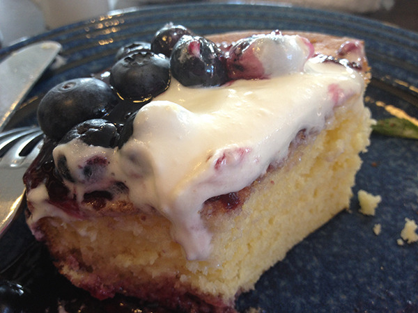Pancakeholicのブログ-フレッシュブルーベリーホットケーキ01