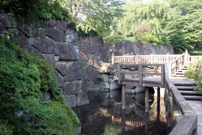 上三川城/正門?を脇から