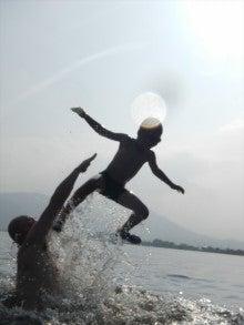 浄土宗災害復興福島事務所のブログ-20130730ふくスマ湖水浴馬目ロケット02