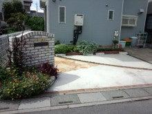 $(有)煉創-RENSOU-のブログ-熊谷市O様邸外構リフォーム駐車場のレンガ門柱