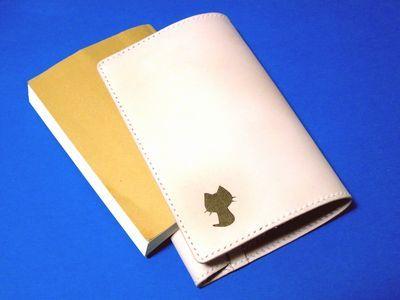 OXIO-CRAFT(オキクラ)の「革雑貨」制作日記-ブックカバー&ハーフウォレット