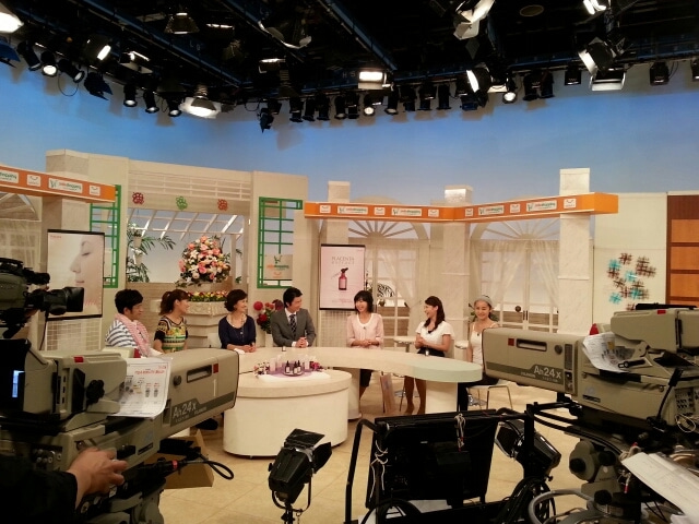 テレビ・ラジオ事務所オフィスKR.代表斉藤 リカの・・・がんばれ!ブログ!スマイルショッピング!コメント