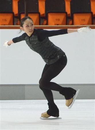 $フィギュアスケート研究本