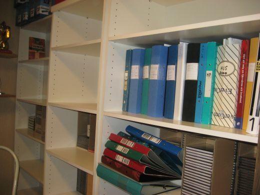新しい本棚・1