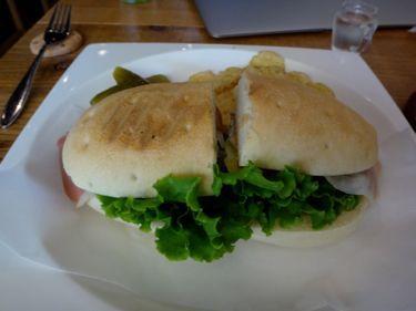 横浜発 驢馬人の美食な日々-Cafe4u03