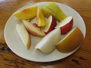 晴れのち曇り時々Ameブロ-試食のフルーツ