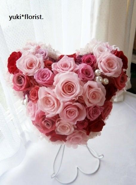 結婚式のブライダルブーケやフラワーギフトはプリザーブドフラワーでいつまでも残るお花&ウェディングブーケ