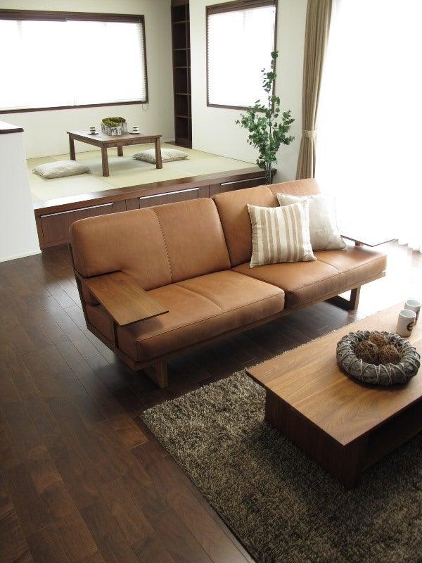 家具なび-ウォールナット材で統一した和モダンコーディネート