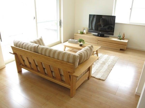 家具なび-メープル色の床にナチュラルコーディネート