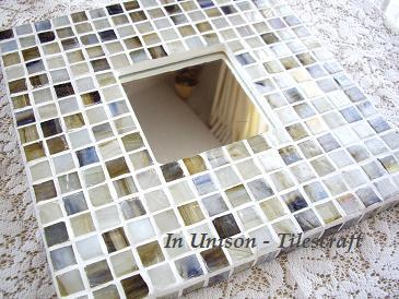 タイルクラフト作家 In Unison-Tilescraft