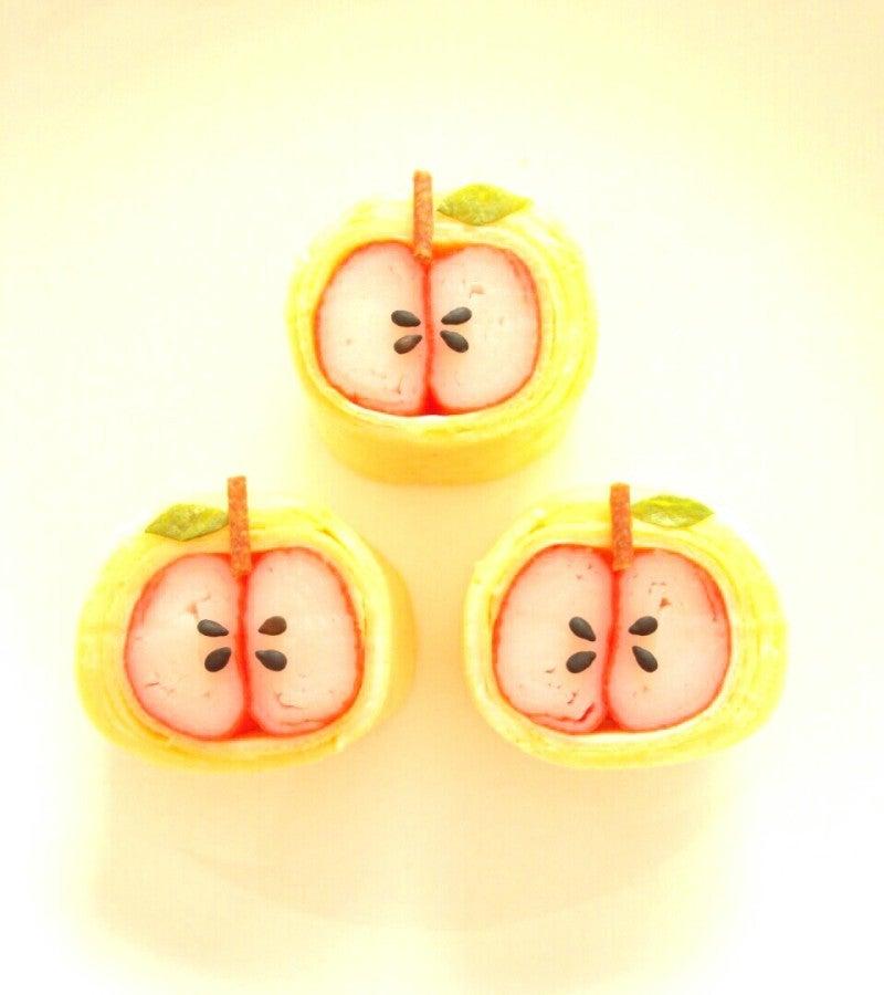 カニカマりんごのデコおかず(._.)φ