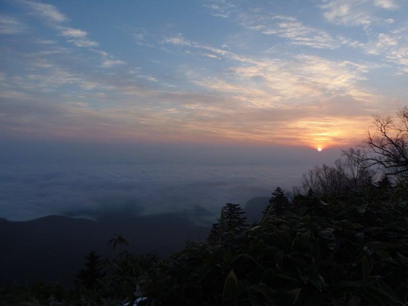 雲海と朝日。