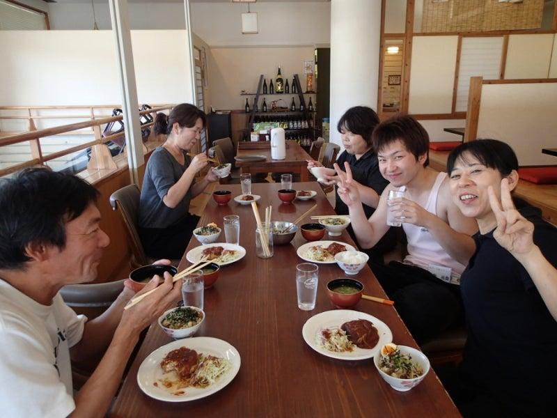 歩き人ふみの徒歩世界旅行 日本・台湾編-あびーる館のお昼
