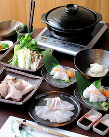 和洋折衷 割烹やまのブログ 大阪上本町ミナミで完全個室で接待、顔合わせ、記念日は割烹やまで-天然本クエクエ鍋コース
