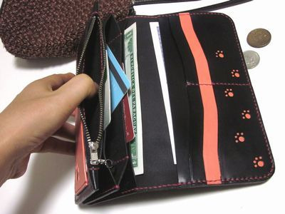 OXIO-CRAFT(オキクラ)の「革雑貨」制作日記-ピンク肉球のロングウォレット