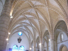 自由気ままにリベルダーデ-教会の中