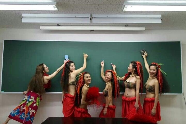 TAHITIAN DANCE GROUP ***HIVAORA*** TROPICAL  BLOG