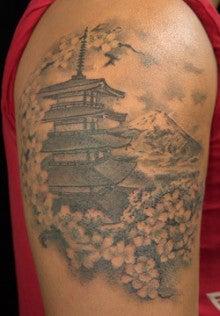 東京渋谷、代官山のタトゥースタジオmuscatのブログ,templecherry blossom flowers tattoo