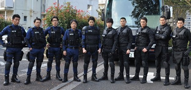 SAT+SIT=NPS向井&綾野共演ドラマに吹石一恵、大森南朋ら『エス-最後の警官-』追加キャスト