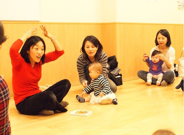 鎌倉・由比ヶ浜の親子英会話教室 0歳から5歳の親子英語レッスン
