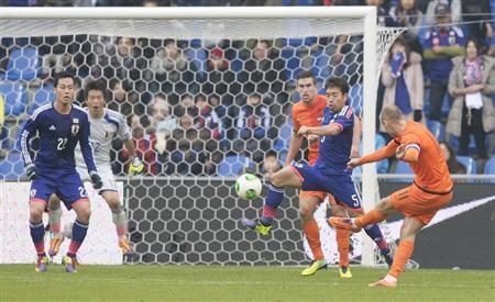 ロッベン サッカー 日本代表 オランダ 引き分け