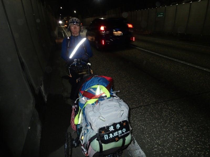 歩き人ふみの徒歩世界旅行 日本・台湾編-トンネル内2