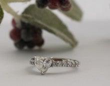 ネットでジュエリー買っちゃった♪ -BLUE NILEリング ダイヤモンド 質 購入