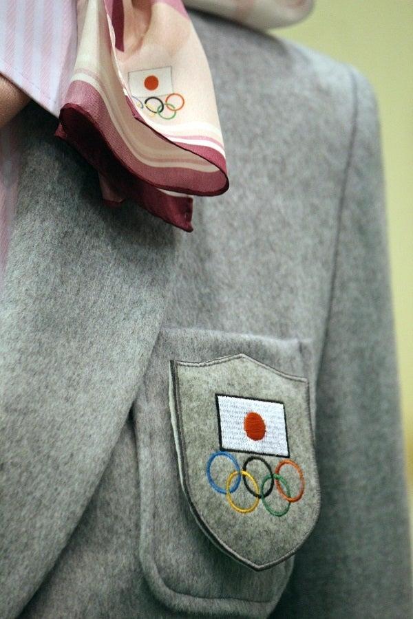 ソチオリンピック公式服装FASHION HEADLINE