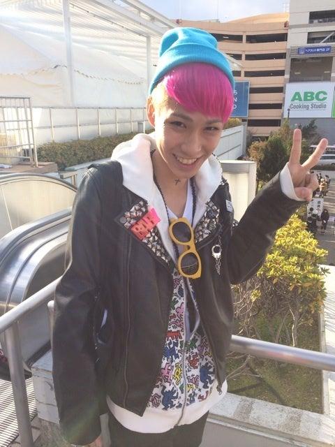 最新のヘアスタイル オシャレ 髪型 レディース  BIGBANG LIVEのオシャレスナップ .