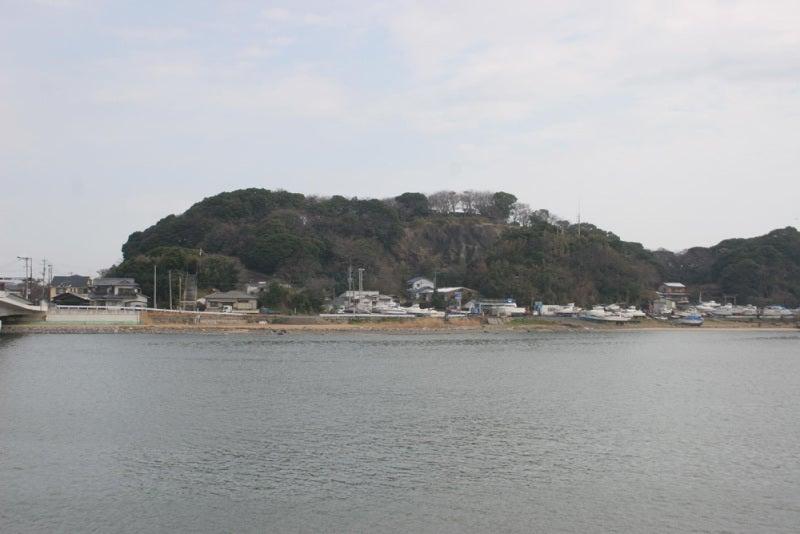 山鹿城/対岸から