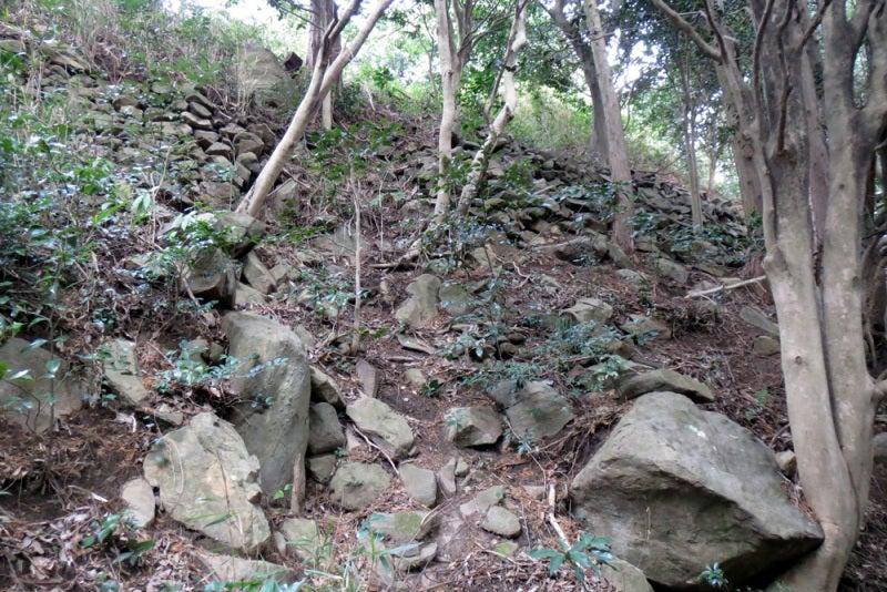 花尾城/⑬二の丸西側の石垣