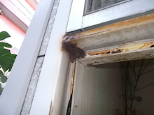 玄関ドアサビ