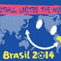 「サッカーは世界を繋…